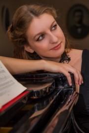 Nora Lee - Pianist / Keyboardist - UAE, United Arab Emirates