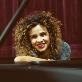 Andreea Alexievici - Pianist / Singer - Cluj-Napoca, Romania