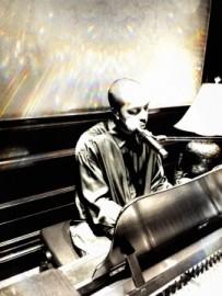 friDAY - Pianist / Singer - Thailand