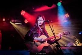 Zoe Wren - Guitar Singer - Kilburn, London