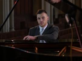 Harry Steele the Pianist  - Pianist / Keyboardist - Cheltenham, Midlands