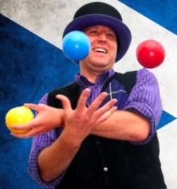 The Tartan Juggler - Juggler - Alloa, Scotland