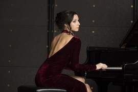 Jane Levkovskaya - Pianist / Singer - Stockholm, Sweden
