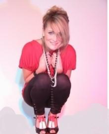 'Just Ali' - Female Singer - Manchester, North West England