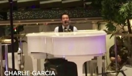 Charlie  Garcia piano bar entertainer - Guitar Singer - Mexico, Mexico