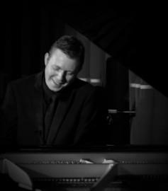 Toby Hunt - Pianist / Singer - Sevenoaks, South East