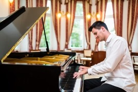 David Masek - Pianist / Keyboardist -