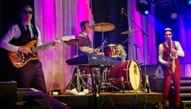 Neil Davey - Drummer - Bedfordshire, London