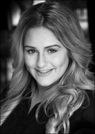 Lydia Ganett - Female Singer - North of England