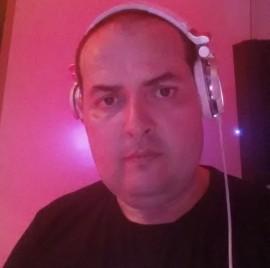 MIGUEL GARCIA - Nightclub DJ - Tooting, London
