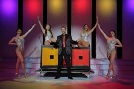 Daniel Dean  - Cabaret Magician - South West