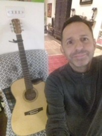 Philip Dent - Solo Guitarist - Finsbury Park, London