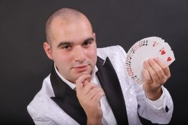 Vincenzo Orlando - Close-up Magician -