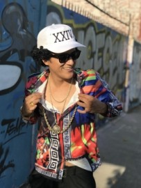 Bruno Mars Look Alike / Impersonator image