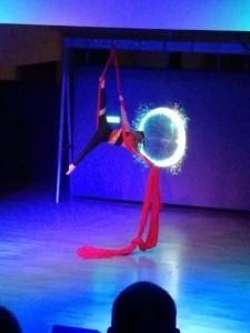 Charlotte Sinclair - Aerialist / Acrobat