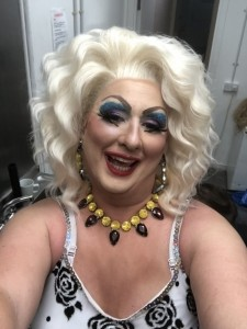 Miss Tish Ewe - Drag Queen Act