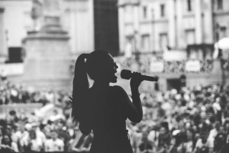 Martina - Female Singer