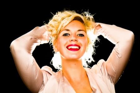 Annika Rands - Female Singer