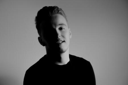 Conor McLain - Male Singer