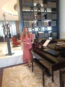 Singing Pianist / Female Pianist - Multi-Instrumentalist