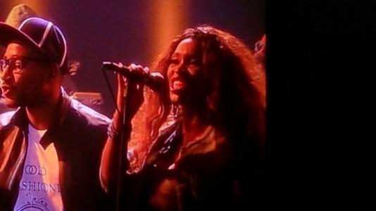 Singer danner performer - Song & Dance Act