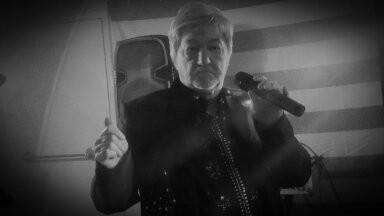 K.C.Dee : '' Pure Diamond '' - Neil Diamond Tribute Act