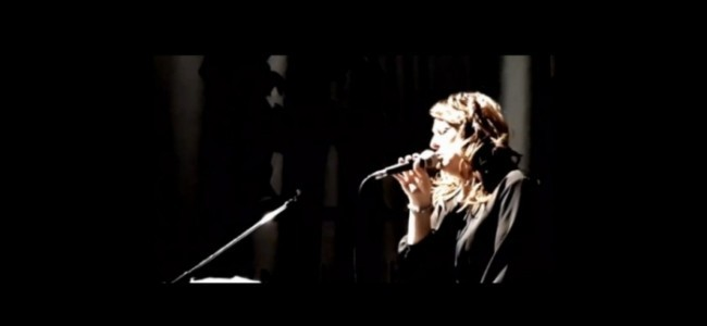 Alison Moyna  - Female Singer