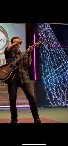 Daniel O'Connor - Acoustic Guitarist / Vocalist