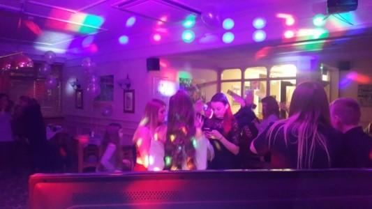DJ TOMO - Karaoke DJ