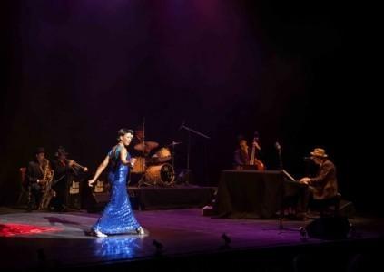 Nina Kristofferson Sings 'Timeless' - Female Singer