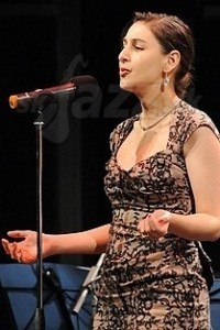 Dotschy Reinhardt - Female Singer