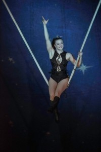 Miss Jones - Aerialist / Acrobat