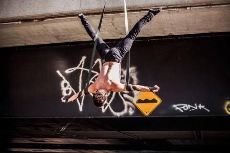Straps act - Aerialist / Acrobat