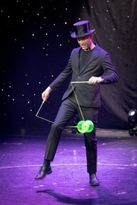 Luke Burrage - International Juggler - Juggler