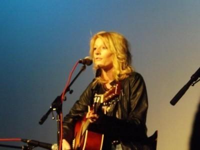 kate bell - Female Singer