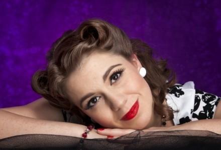 Joanna Andrews - Female Singer