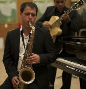 Enrique Thompson - Saxophonist