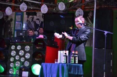 Artemo - Cabaret Magician