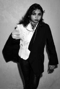 Jurin Ari - Female Singer