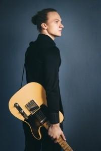 Hampus Backström - Electric Guitarist