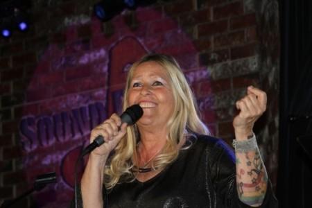 Jeanie Carroll image