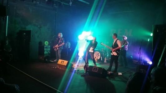 Stipe - 80s Tribute Band