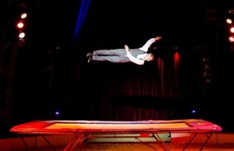 Dream together - Aerialist / Acrobat
