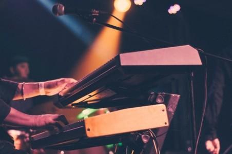 Albert Lemos - Multi-Instrumentalist