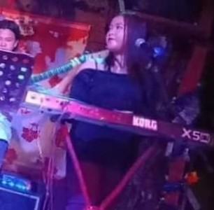 Chloe Go - Pianist / Singer