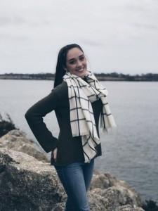 Kaitlyn Oliveira - Female Singer