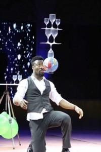 Kelvin Mensah - Aerialist / Acrobat