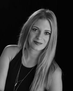 Laura Paine - Production Singer
