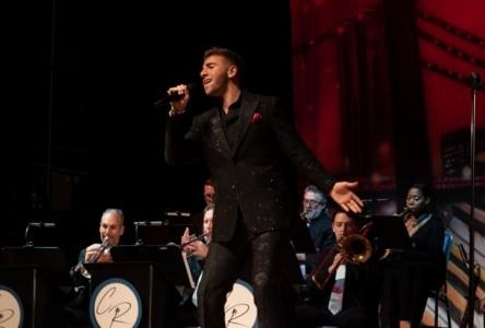 Chris Ruggiero - Male Singer