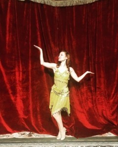 Jessica Kealy - Female Dancer